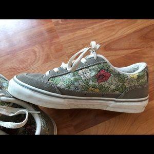 Vans Floral/suede Sneakers/Tennis shoes US sz 9.